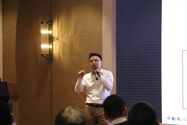 中国文化产业投资基金董事 张驰