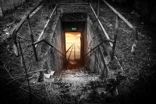 emergency-exit-696656__340